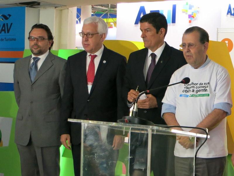 Alberto Martins (GTTP Brazil chairman), Marcio Favilla (UNWTO executive director), Vinicius Lages (Minister of Tourism) and Antonio Azevedo (ABAV chairman, Brazilian Association of Travel Agents)