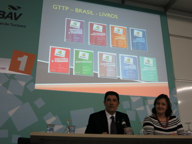 GTTP Brazil books printed and distributed by the Ministry of Tourism from 2003 to 2006 (the second one is Passport to the World)